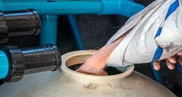 Замена песка в бассейне